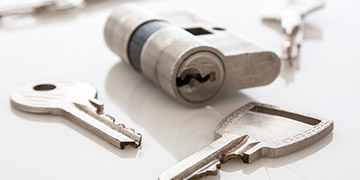 Repair and replace with your trusted locksmith Leeds